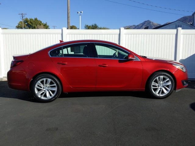 Pre-Owned 2014 Buick Regal